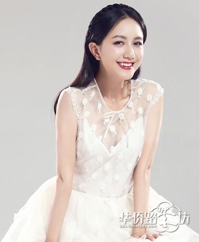 李倩/近来,《龙门镖局》女主演李倩的一组婚纱写真新鲜出炉。