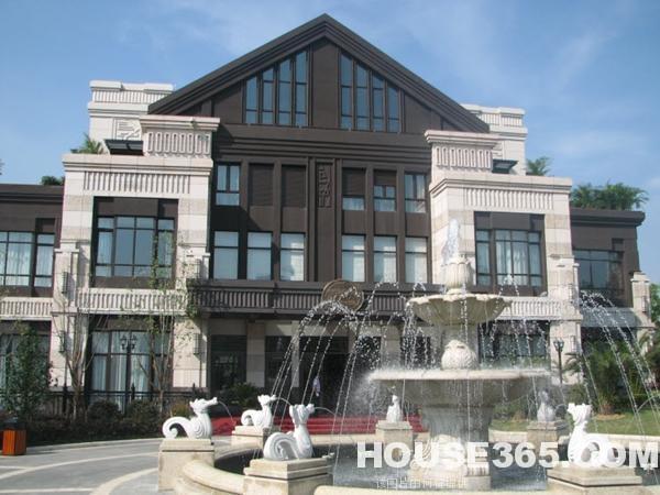 豪华独栋别墅,绿地内森庄园,天鹅湖边,品质生活,高档居住