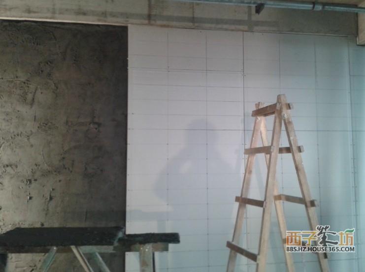 白色的就是石膏板