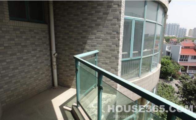 【江宁佳湖绿岛二手房,3室2厅2卫185万元】百家湖地铁