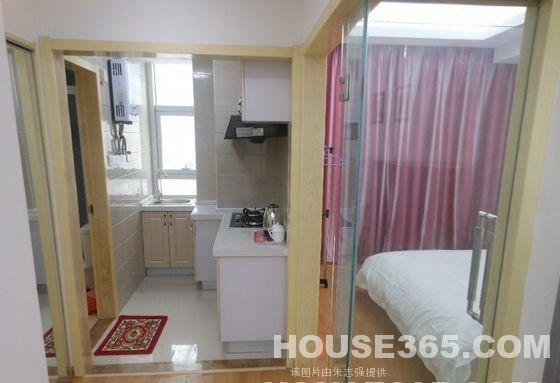 五星级公寓 标准一室一厅 精装修 拎包入住