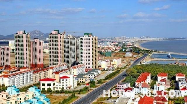 项目位于胶东半岛港口城市——龙口市,它东临烟台,南接青岛,北与大连