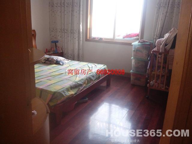 金尧花园6楼加阁楼111平方楼下89平方精装修好房出售