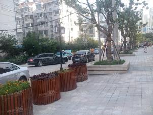 红鑫新村2室2厅1卫80�O整租精装