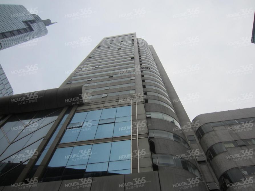 紫峰大厦旁 鼓楼地铁口 新晨国际大厦 双