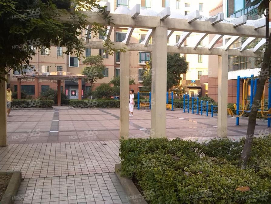 华夏青城怡景苑2室1厅1卫108平方精装
