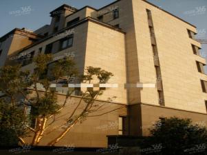专业商铺出租 房主诚心 南邮广场位置 朝南 人流量广