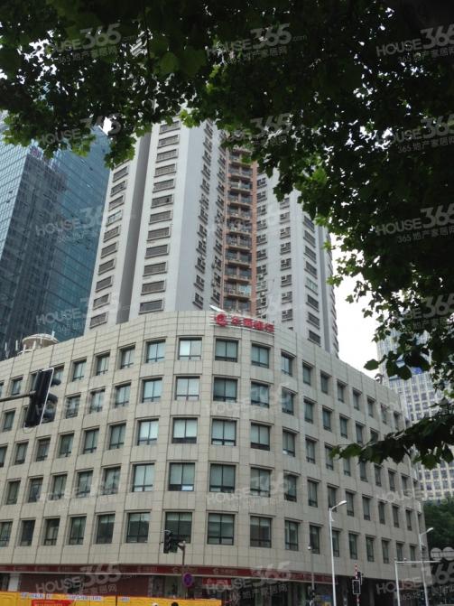 华夏大厦标准车位一个20平方使用权房车位