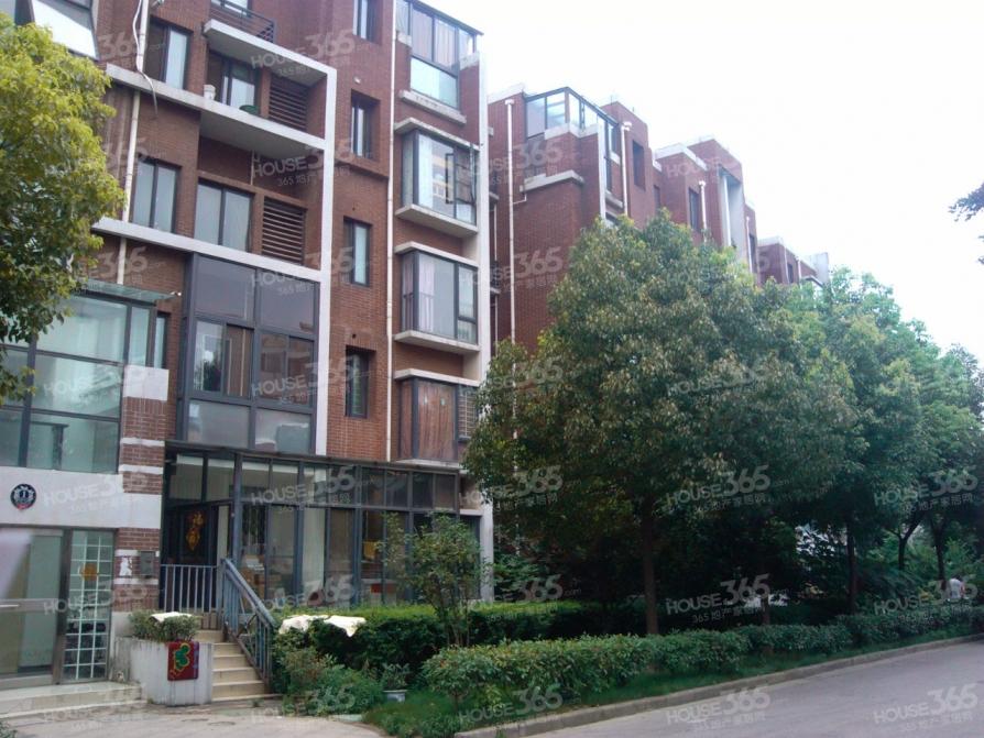 康桥圣菲2室1厅1卫52.48平方产权房精装
