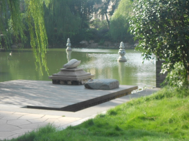 宋都西湖花苑 证满两年无税 五十中和奥体小学 楼王位置 急售