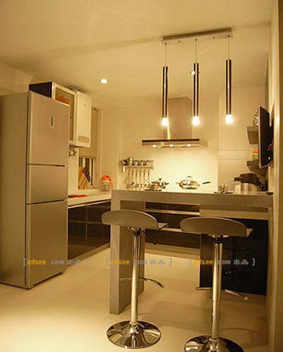 小厨房装修:现代简约温馨格调-小厨房装修 80后年轻主妇美家设计18高清图片
