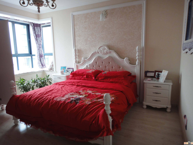 暗红色家具配什么颜色窗帘好看-原木色家具配什么